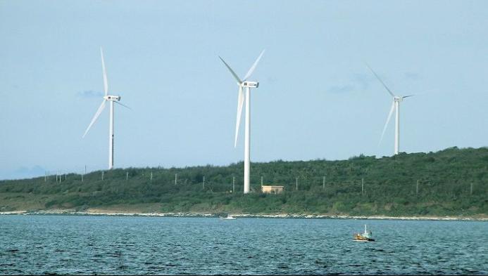 Cánh đồng quạt gió trên đảo Phú Quý