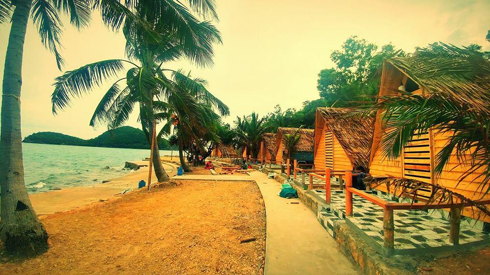 Nghỉ dưỡng tại Bunganlow ngay sát bãi biển chỉ với 400k /đêm thôi các bạn nhé (Bunganlow ở được 2 người, nếu thêm người phụ thu 50.000 đồng/người).