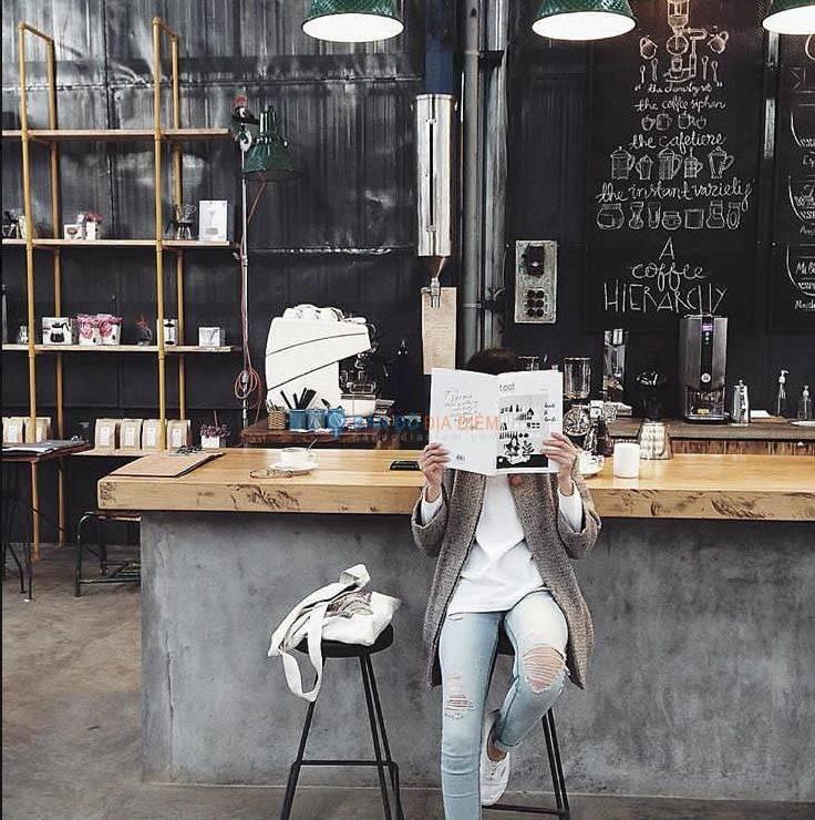 Là Việt Café – 200 Nguyễn Công Trứ