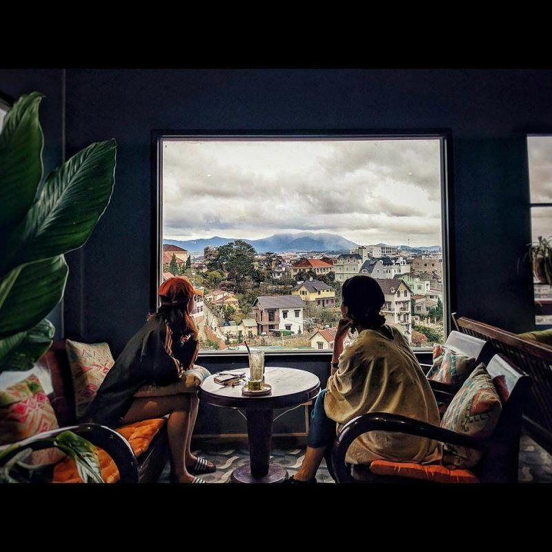 Up Coffee – 6 Triệu Việt Vương