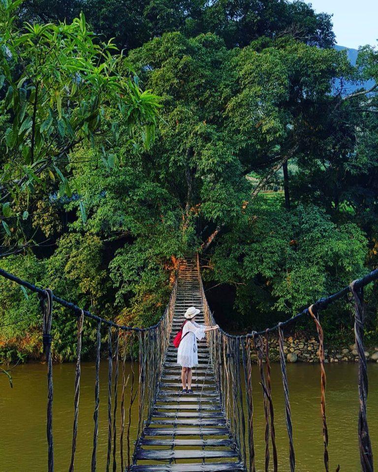 Cầu Mây điểm đến đặc biệt khi đến Tả Van