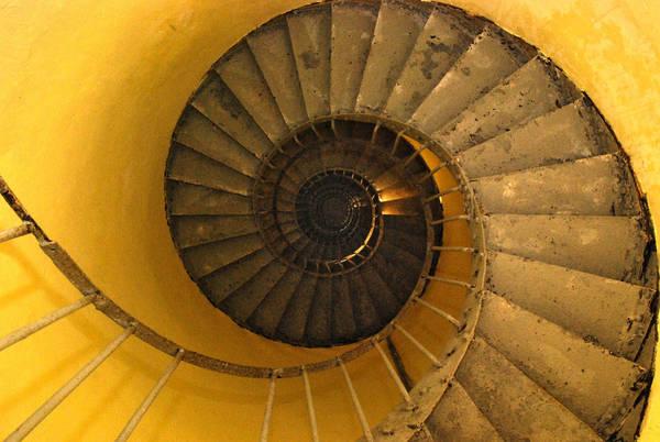Những bậc thang leo lên đỉnh hải đăng
