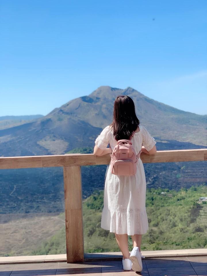 View chụp hình núi lửa Batur còn hoạt động bao sống ảo, bao đẹp nha