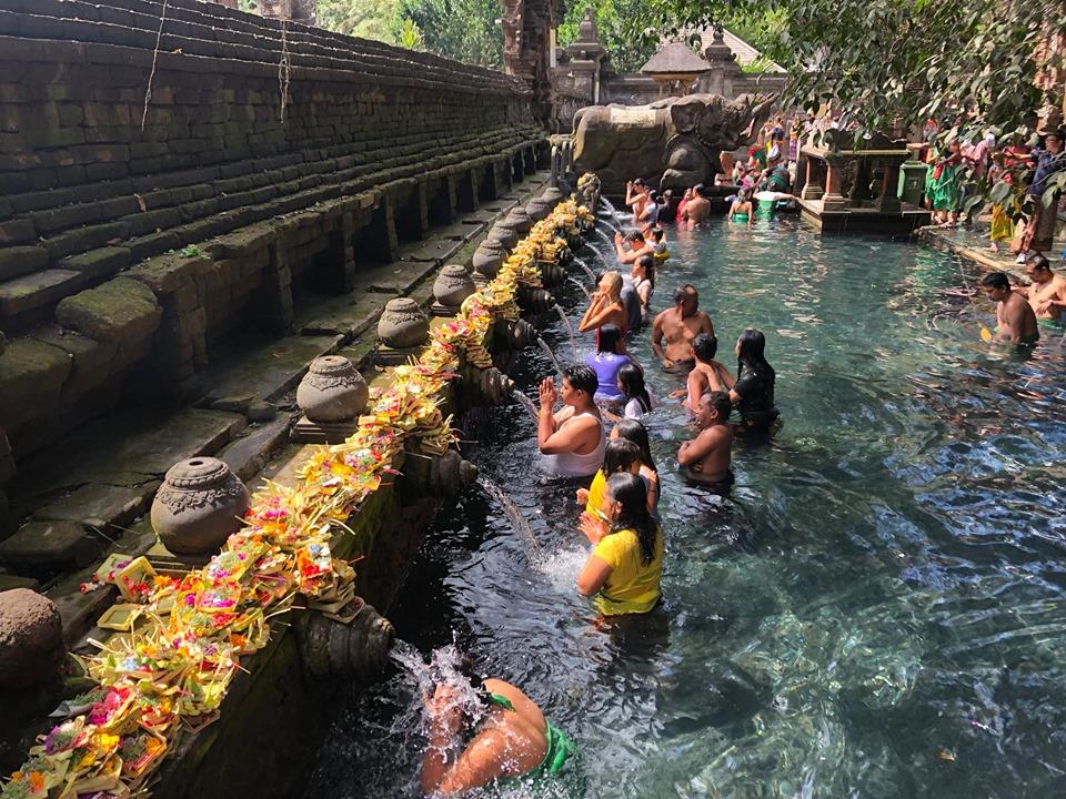 Tirta Empul temple, Ngôi đền nổi tiếng với hồ nước suối linh thiêng