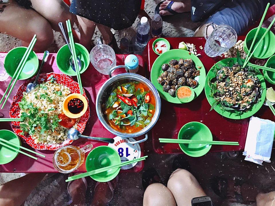 Hải sản Bé Tuấn, đánh giá ăn rất vừa mồm, rất ngon ấy.