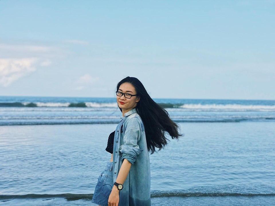 Biển Kuta xanh trong như này cơ mà