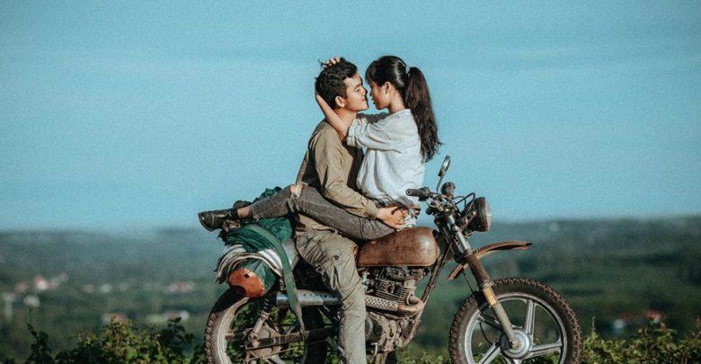 Bộ ảnh cực tình của cặp đôi yêu nhau cùng nhau đi khắp Việt Nam - Du Lịch Chất