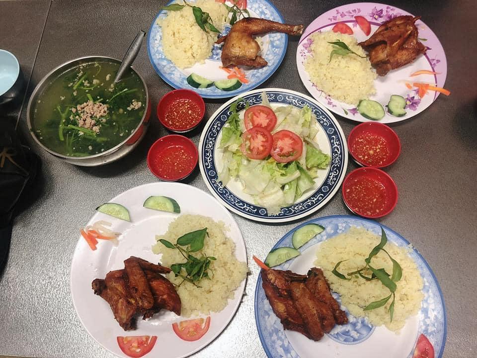 Cơm gà Phan Rang - trần nhật duật