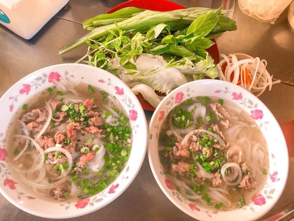 Bao năm đi dalat chỉ ăn phở Nam Quang trên đường Hà Huy Tập nha