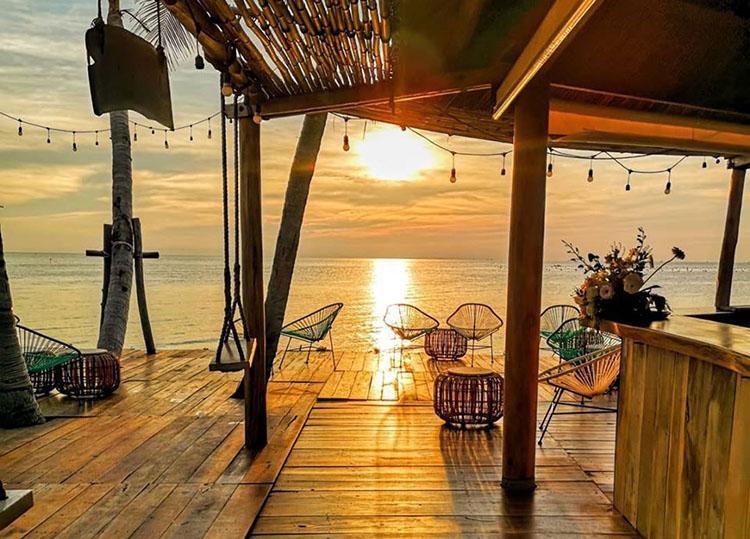 Shri Beach Club