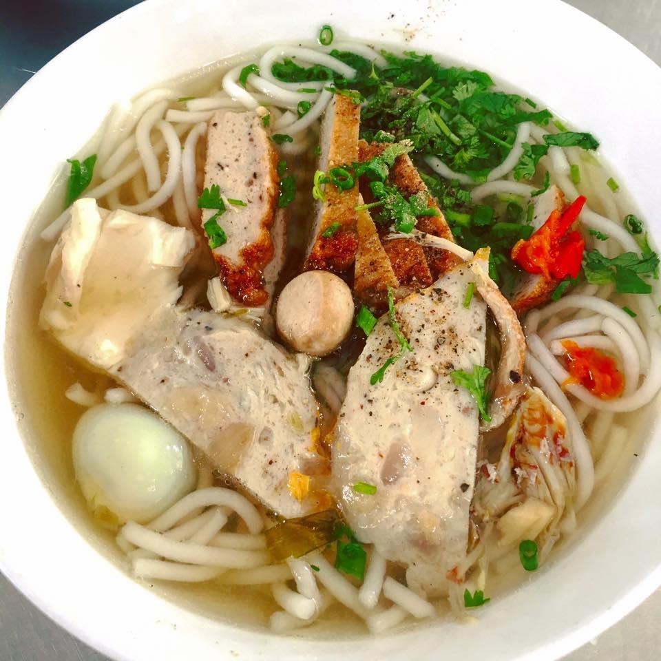 Quán bánh canh Xíu: Địa điểm: Số 1 HA Đường Kim Đồng