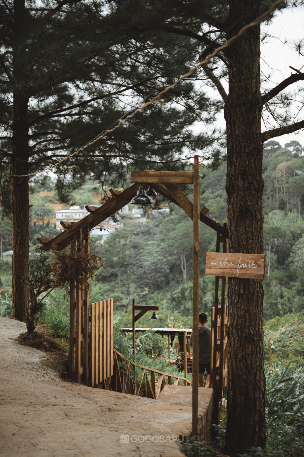 CHECK IN TIỆM CAFE ẨN TRONG RỪNG – IN THE FOREST