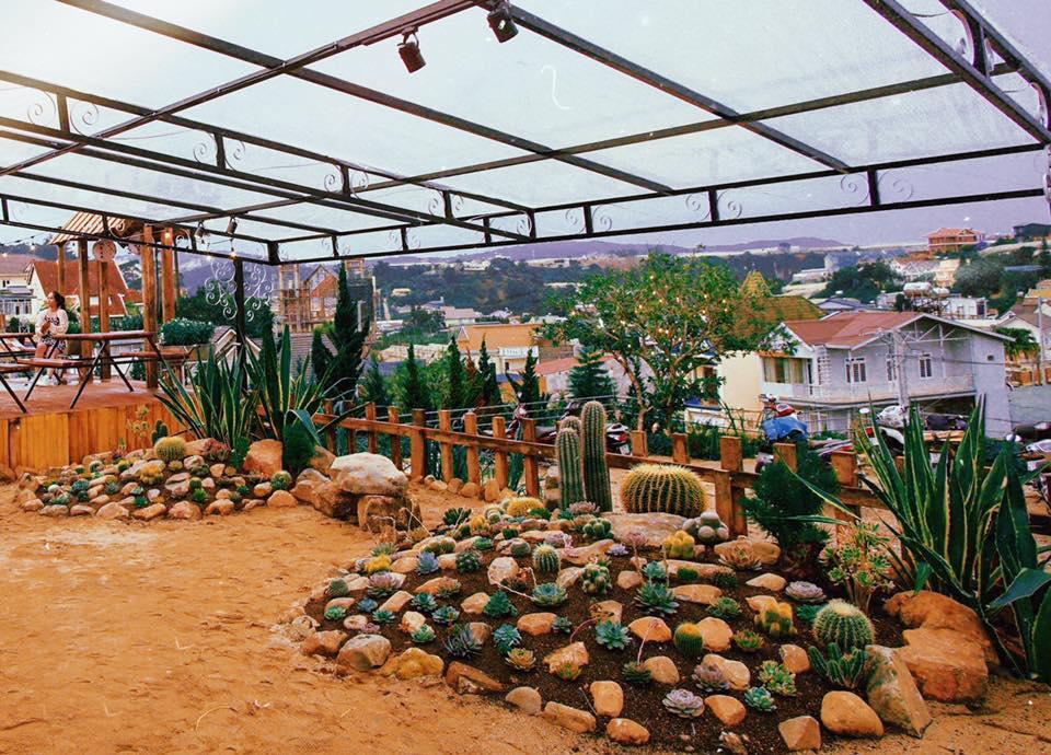 tiệm cà phê Vườn Yên – hẻm 6 Mai Anh – đường Mai Hắc Đế