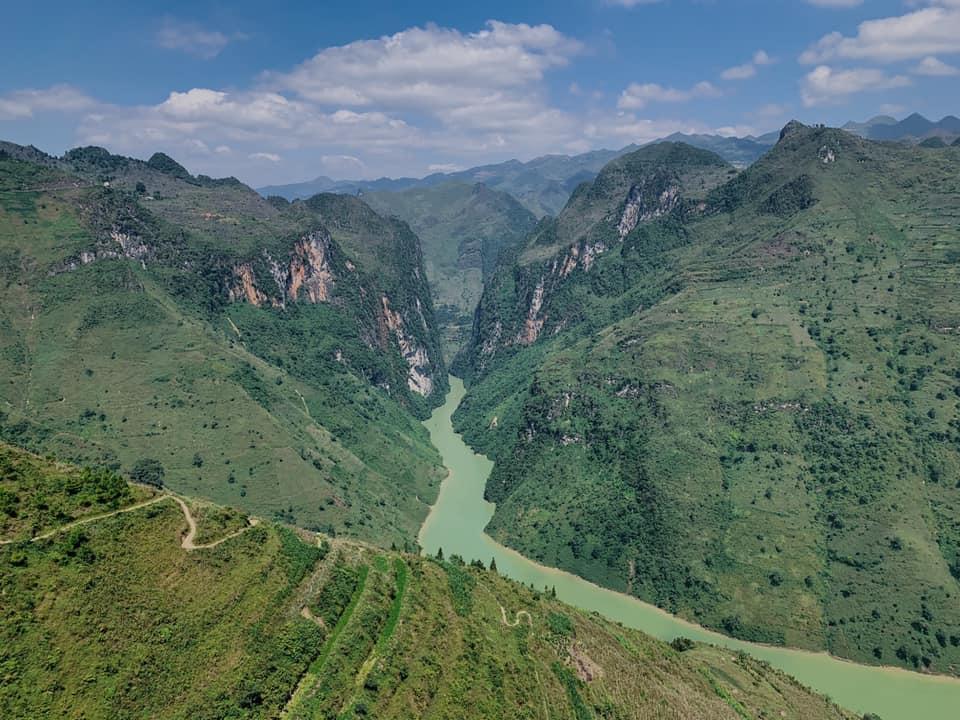 Sông Nho Quế yên ả