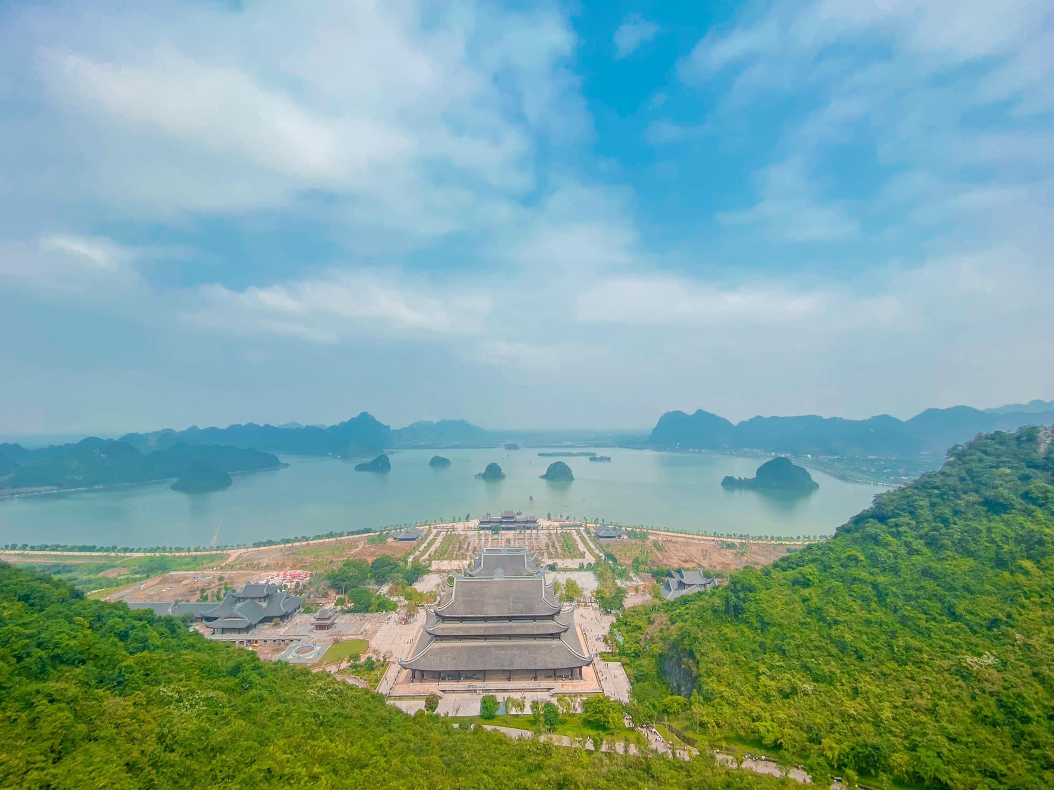 Review Tam Chúc – Ngôi chùa lớn nhất Việt Nam